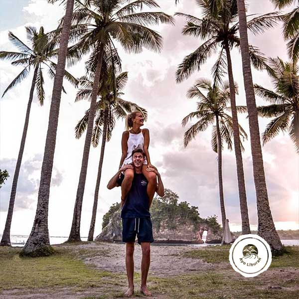 Crystal-Beach-Nusa-Penida
