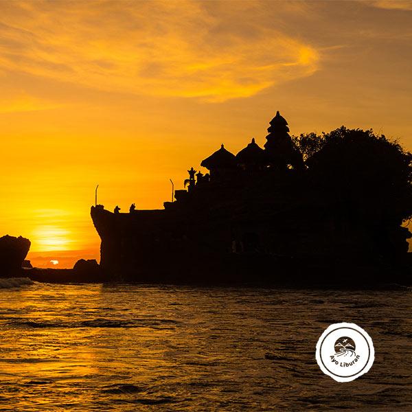 Ayo-Liburan-ke-Bali_Tanah-Lot