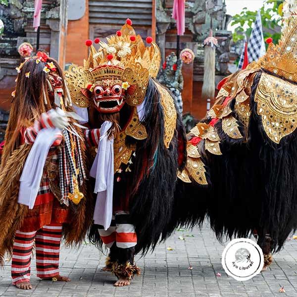 Tari-Barong-Bali